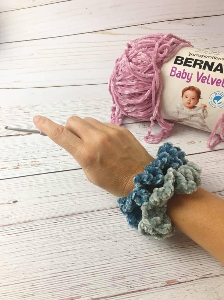 VSCO Girl Scrunchies DIY Tutorial