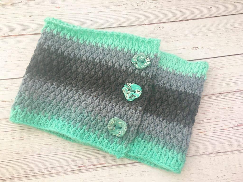Free Mandala Alpine Cowl Crochet Pattern
